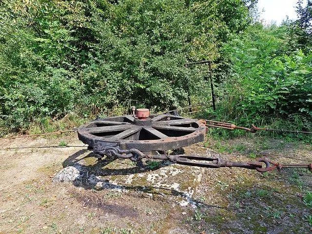 加拿大工厂没日没夜地挖比特币 附近的居民集体投诉!没想到结果是...